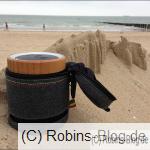 Vorsicht Sand: Sand weht in den Ritzen vom Chant BT (Bild vom Cadzand-Strand)